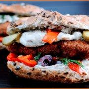Αφού αποστρέφεστε τα ζωικά συστατικά, γιατί θέλετε το φαγητό σας να προσομοιάζει ζωικά τρόφιμα;