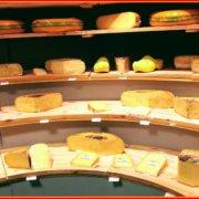 Ξέρατε ότι πολλά τυριά δεν είναι καν vegetarian;
