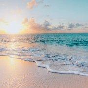 10  must ''εφόδια'' για  να απολαύσετε μία τέλεια μέρα στην παραλία